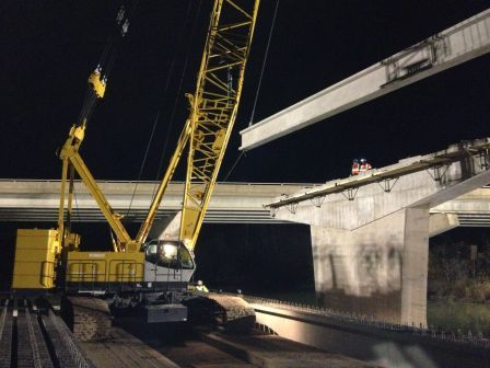 Installation of 1st girder for span 2 (Welland River).